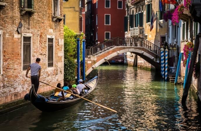 Excursion to VeneziaOpera in Concert